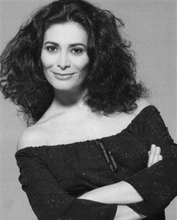 """Résultat de recherche d'images pour """"Darina Al Joundi"""""""
