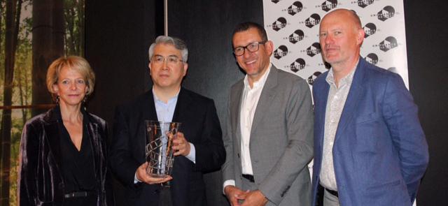 La Peikang receives the French Cinema Award