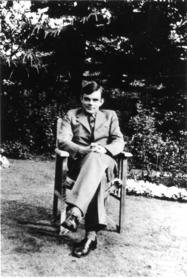 Alan Turing, the Code of life