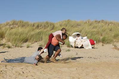 The Father Figure - © Nathalie Mazéas - Cine Nomine - Same Player