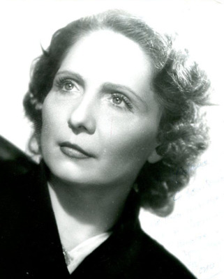 Mona Dol