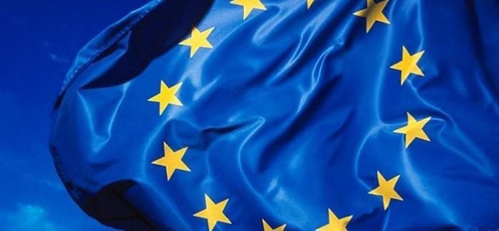 France, Germany, and Italy call the Council of the European Union's attention to the cinematic arts