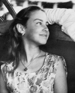 Annie Duperoux