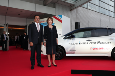June 21: Opening of the 26th French Film Festival in Japan - Carlos Ghosn et Nathalie Baye - © Laurent Campus