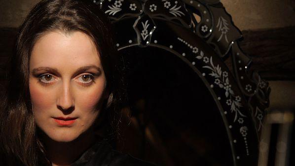 La v nus au miroir michel bouquet 2015 unifrance films for La venus au miroir