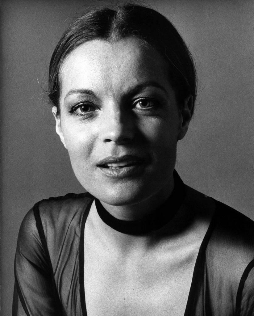 romy schneider chanson d'helene lyrics