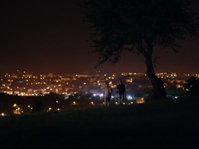 Une nuit, à travers champs