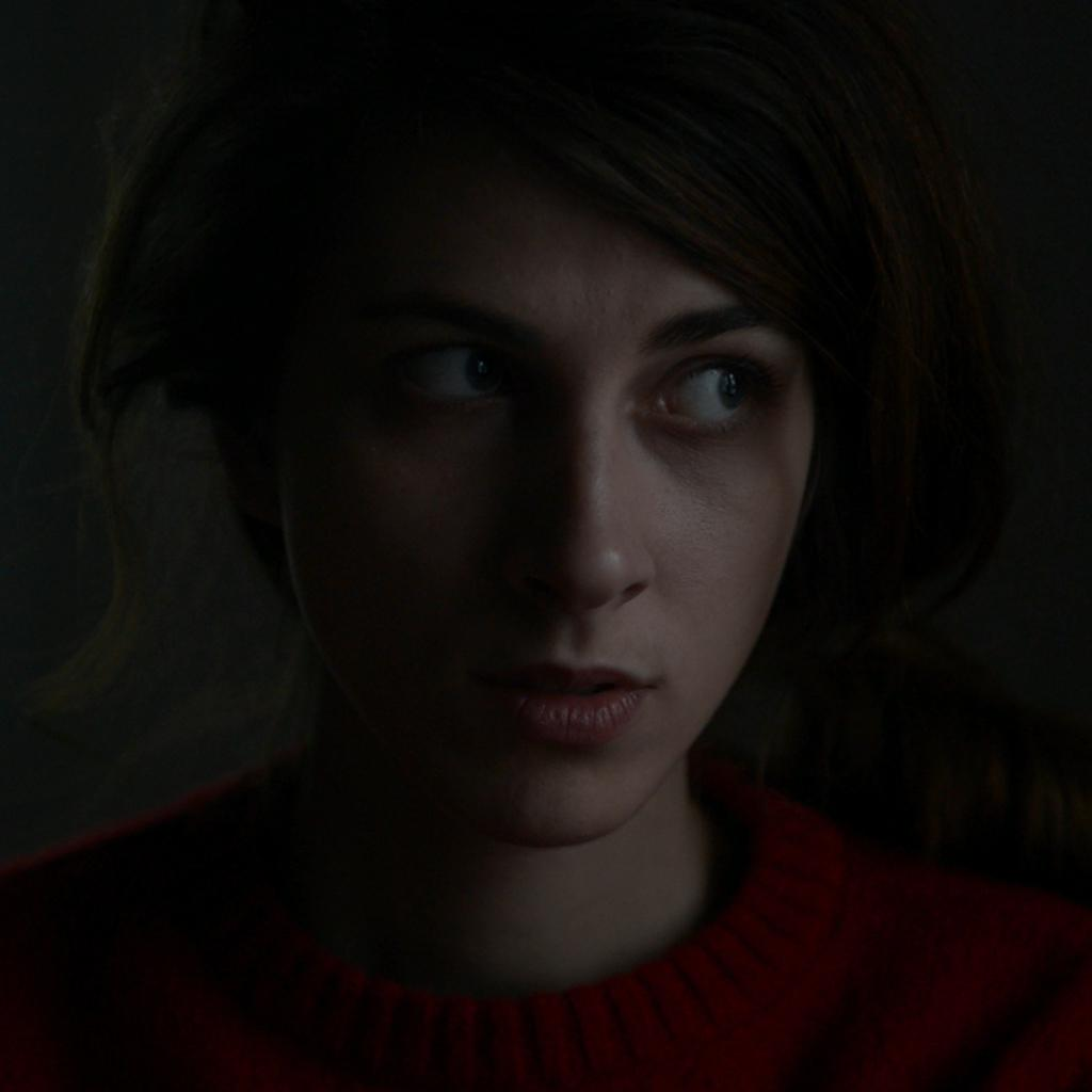 Angela  Calmuc