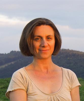 Izabela Bartosik-Burkhardt