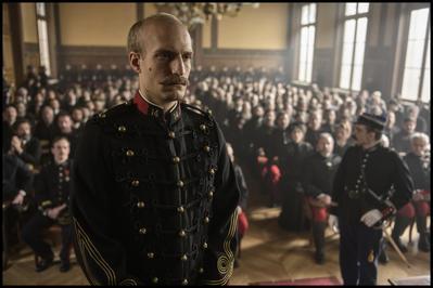 El oficial y el espía - © Guy Ferrandis - Légendaire - RP Productions - Gaumont - France 2 Cinéma - France 3 Cinéma - Eliseo Cinema - Rai Cinema