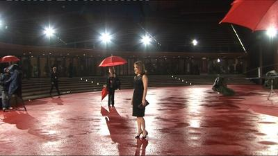 French cinoche por Canal+ - Nathalie Baye sous la pluie du Festival de Rome