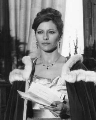 Anne-Marie Descott