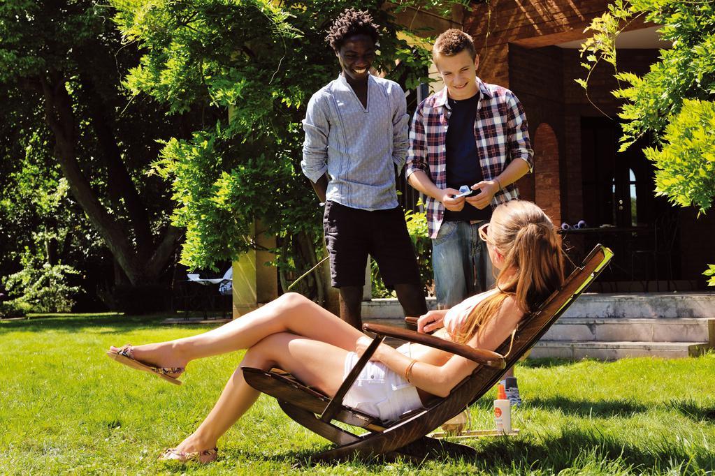 Amélie Chavaudra - © 2013 M.E.S. Productions, Rhamsa Production, Eutopacorp, Score Agencies