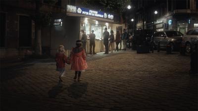 Marcher dans la nuit