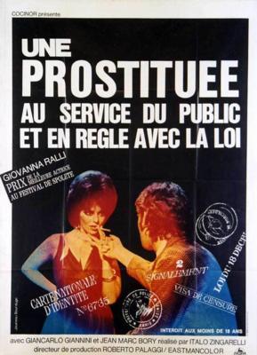 Chica fácil al servicio del público
