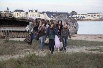 17 filles - © Frederic Castelnot