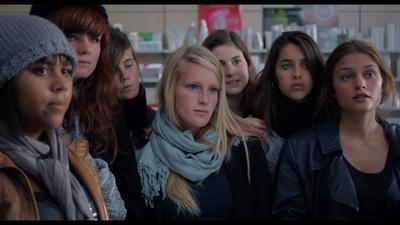 17 filles - © Archipel35