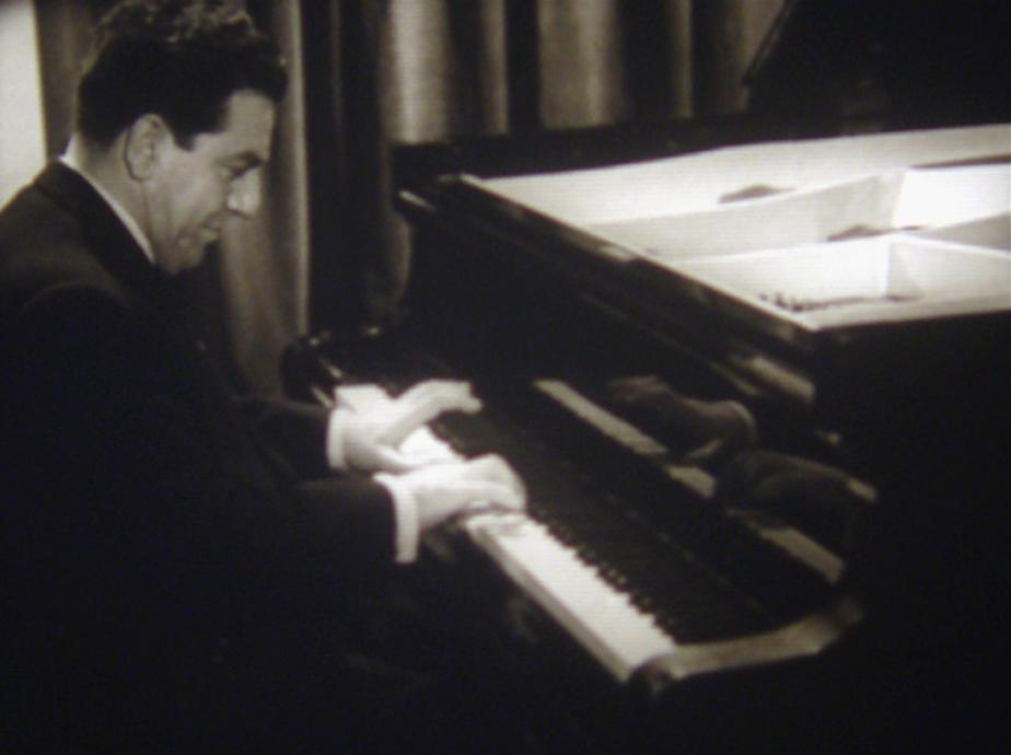 Trois hommes et un piano