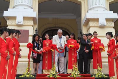 Retour sur le premier Festival International du Film du Vietnam - Philip Noyce - Président du jury inaugure le 1er f