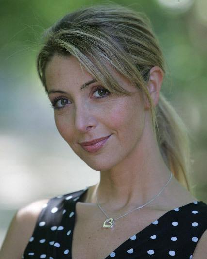 Karine Belly net worth