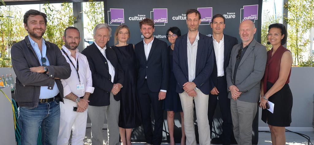 """""""Le Nouveau"""" remporte le Prix International des Etudiants 2017"""