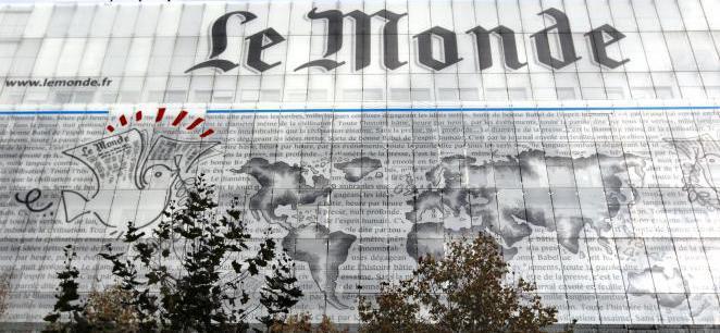 Críticas del periódico Le Monde