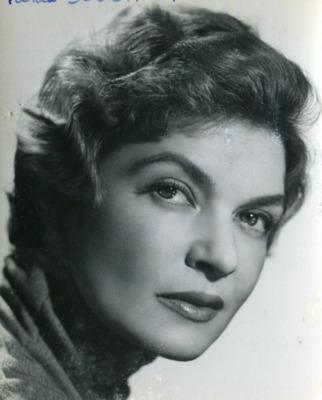 Tania Soucault