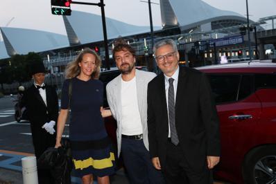 20 de junio – Inauguración del 27° Festival de Cine Francés de Japón - Joanne Gilbert (Lacoste), Louis-Julien Petit et le producteur Victor Hadida - © Laurent Campus