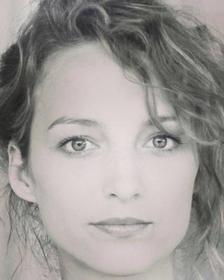 Stéphanie Crayencour