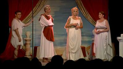 Peuple de Mylonesse, pleurons la reine Naphus