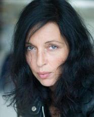 media - © Céline Nieszawer