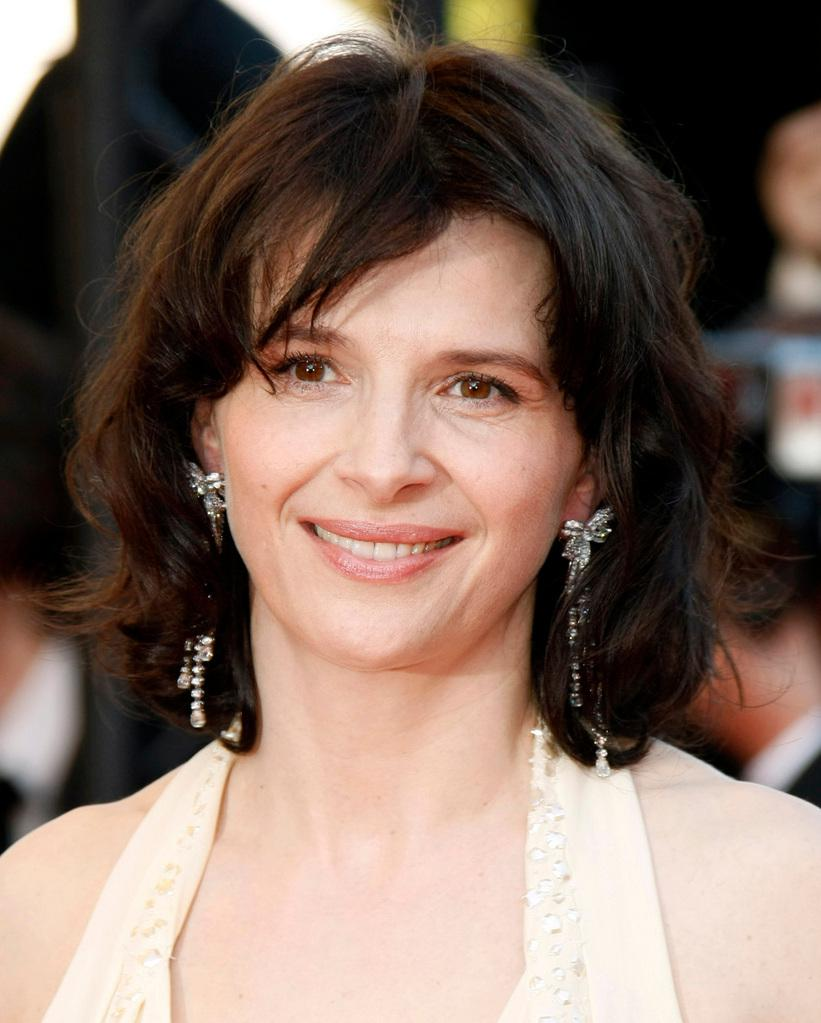Juliette Binoche earned a  million dollar salary, leaving the net worth at 20 million in 2017