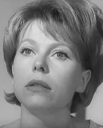 Margot Leonard