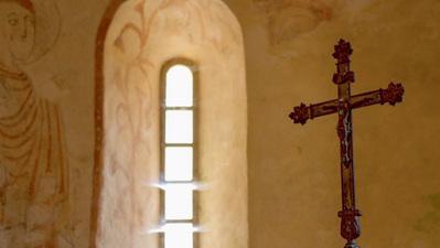 Dans la chapelle je m'étais mis à rêver
