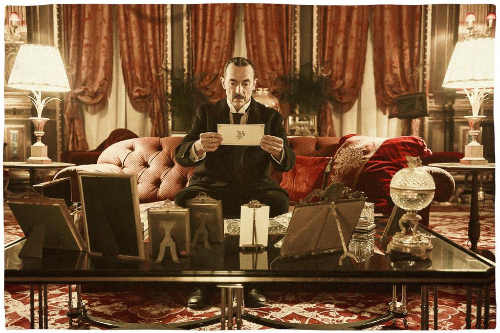 au revoir l haut 2016 unifrance films. Black Bedroom Furniture Sets. Home Design Ideas