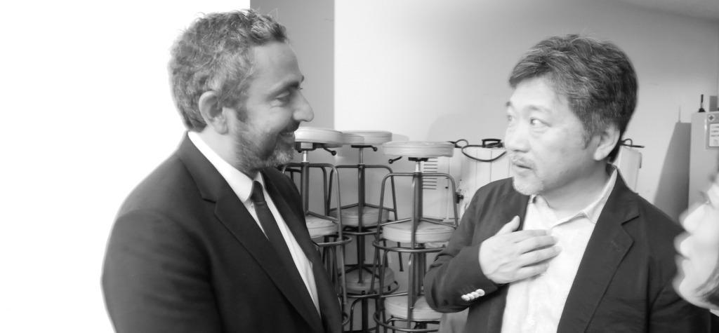Hirokazu Kore-eda talks about the French directors in the delegation - Hirokazu Kore-eda et Eric Toledano - © S. Cauchon/UniFrance