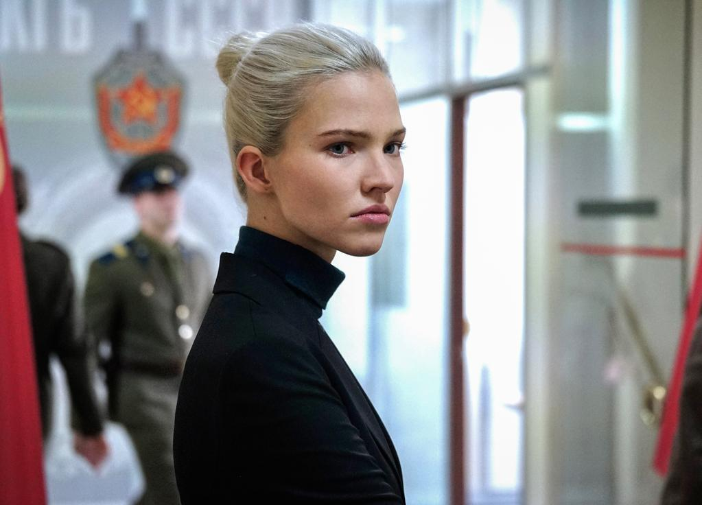 Sasha Luss - © Shanna Besson / Europacorp - TF1 Films Production