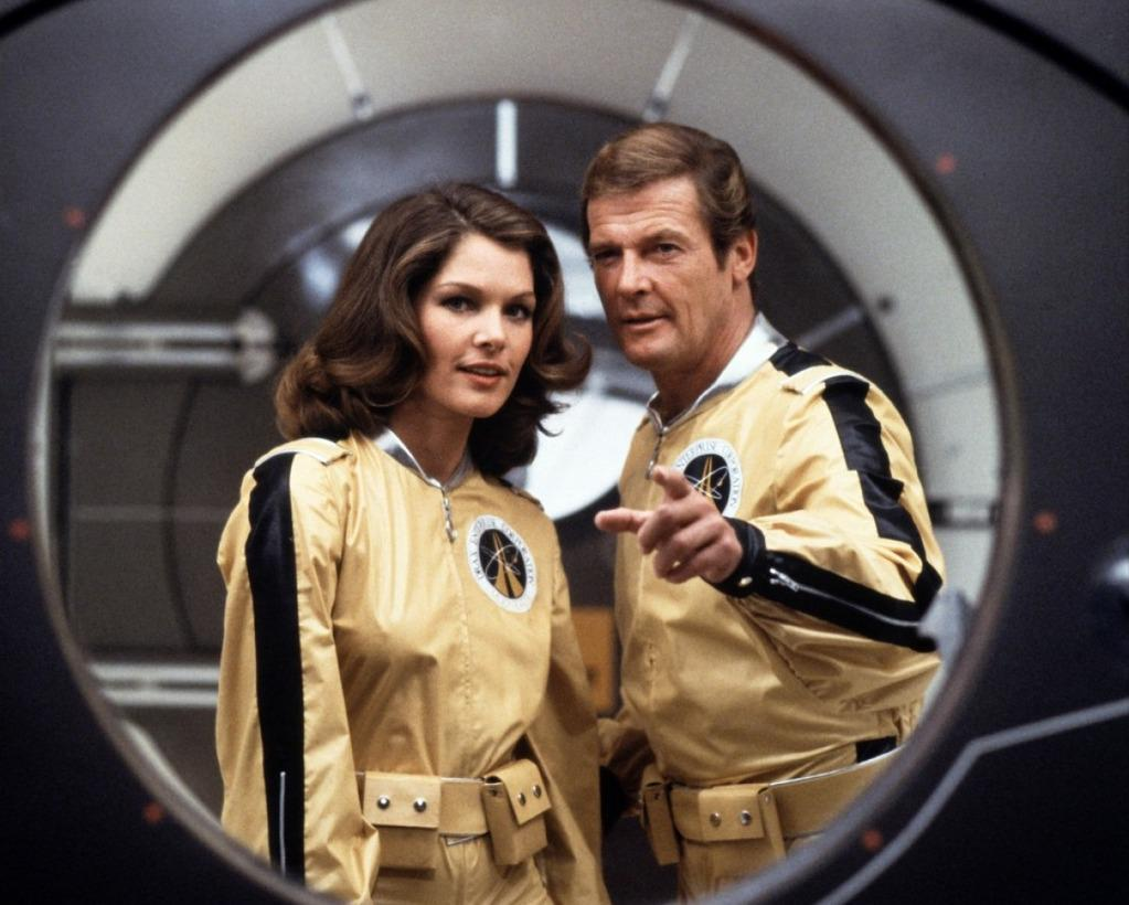 The United States of the Solar System, A.D. 2133 (Book Seven and the Seven Seals) - Page 38 Moonraker-roger-moore-james-bond-lois-chiles-dr-holly-goodhead