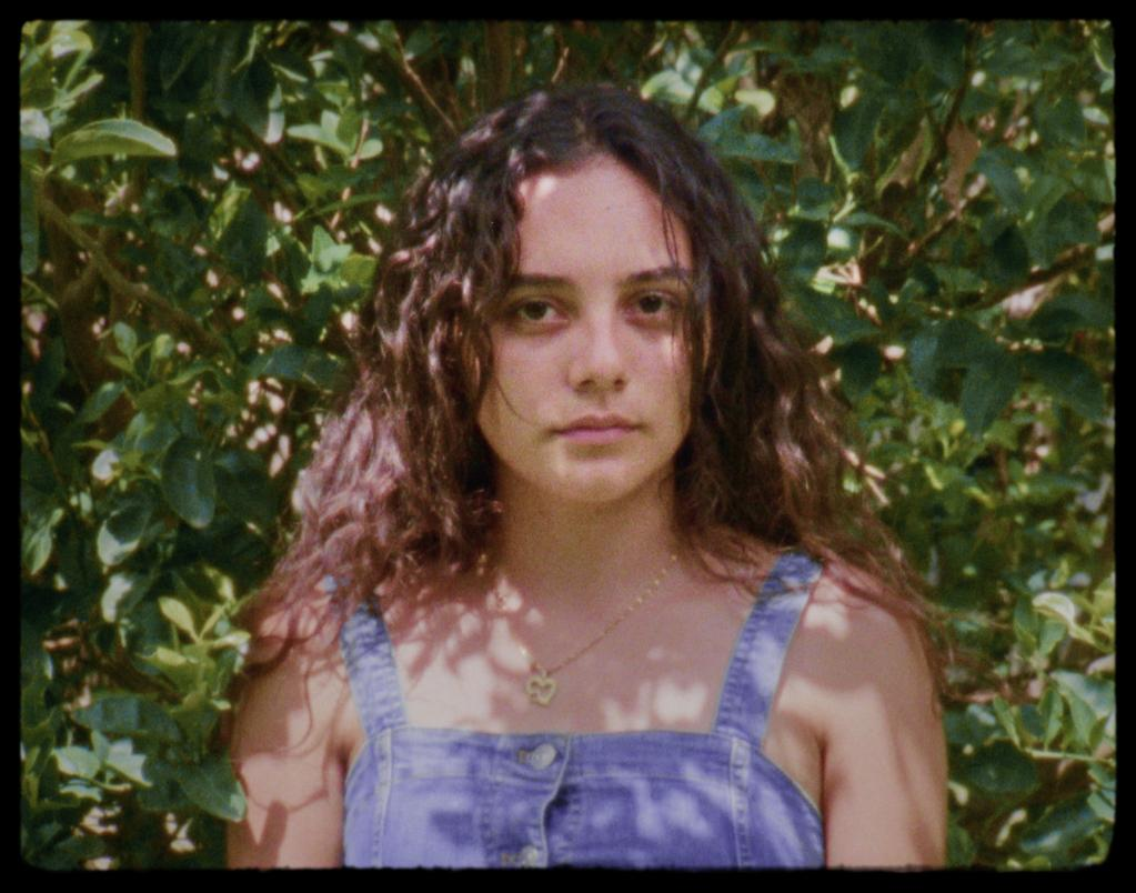 Heliconia de Paula Rodriguez-Polanco (2020) - UniFrance