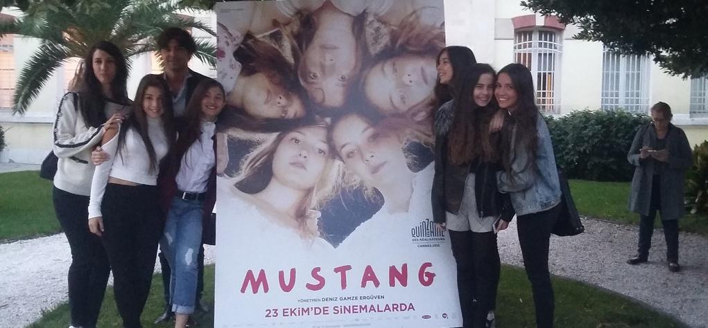 Belle première turque pour Mustang