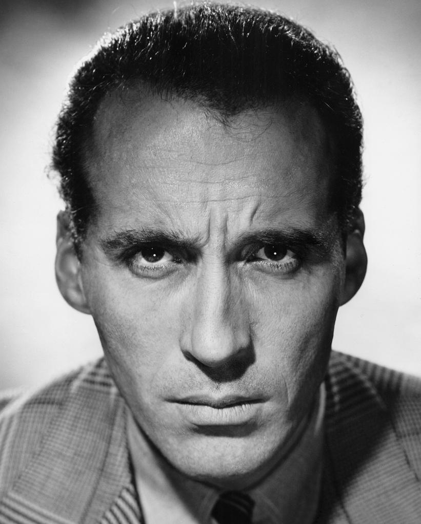 Christopher Lee - uniF...