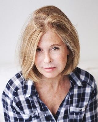Rebecca Pauly