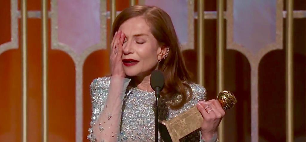 Isabelle Huppert reçoit le Golden Globe de la Meilleure actrice pour Elle