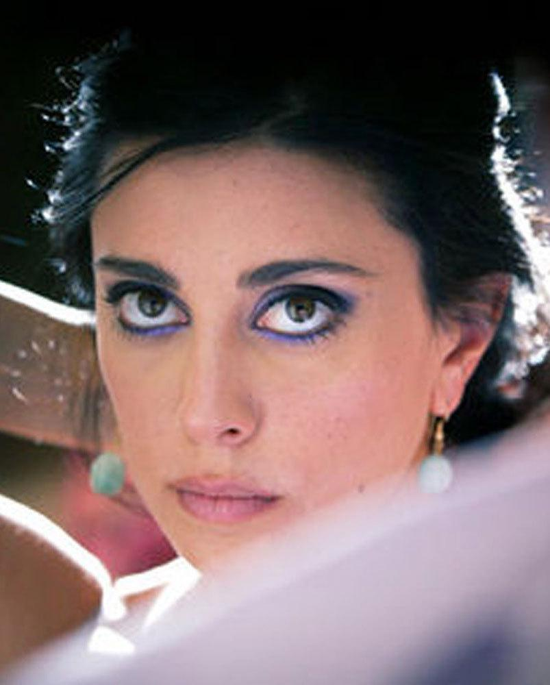 Photo of Nadine Labaki and her 2018 colorful make up style, products & tips