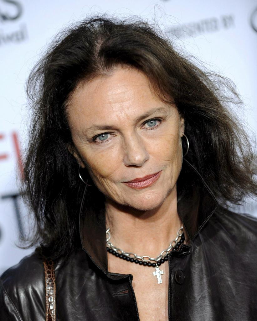The 72-year old daughter of father Max Fraser Bisset and mother Arlette Alexander, 169 cm tall Jacqueline Bisset in 2017 photo