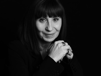 """Keeping in Touch"": Ariane Ascaride talks with Fabienne Bradfer (Belgium)"