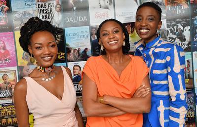 2018 Cannes Film Festival Portfolio - Wanuri Kahiu, la réalisatrice de 'Rafiki', et ses actrices Patricia Amira et Muthoni Gathecha - © Veeren/BestImage/UniFrance