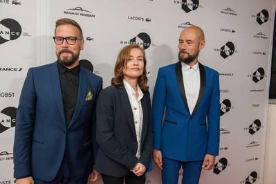 Toronto 2016 : bilan de la 41e édition pour le cinéma français - Yves Verbraeken (producteur), Isabelle Huppert et Bavo Defurne (réalisateur) pour Souvenir - © UniFrance