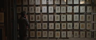 Parce que j'étais peintre - © Franciszek Jazwiecki, 114 portraits faits à Buchenwald, Gros Rosen, Sachsenhausen et Auschwitz, conservées dans les réserves du Museum d'Auschwitz-Birkenau – 1943 à 1945. Jour2Fête