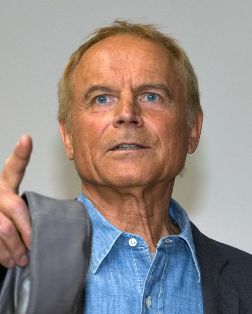 how tall is terence hill